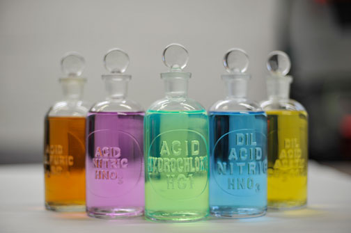 ETCHED GLASS REAGENT BOTTLES 125ML (4OZ)